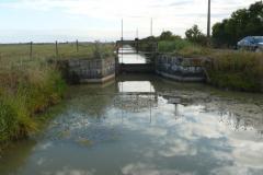 Canal de Loire a l'Ecluse